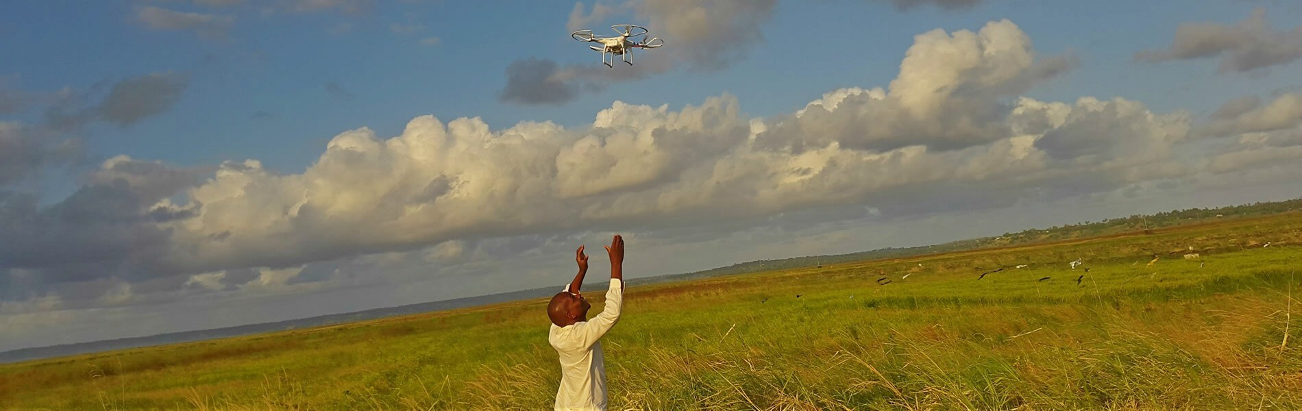 The Third Eye: Flying Sensors to Support Farmers' Decision Making